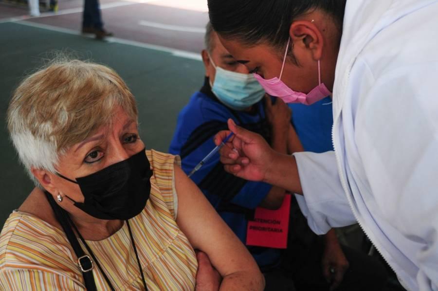 IPN se suma a vacunación contra COVID-19 para adultos de 50  a 59 años
