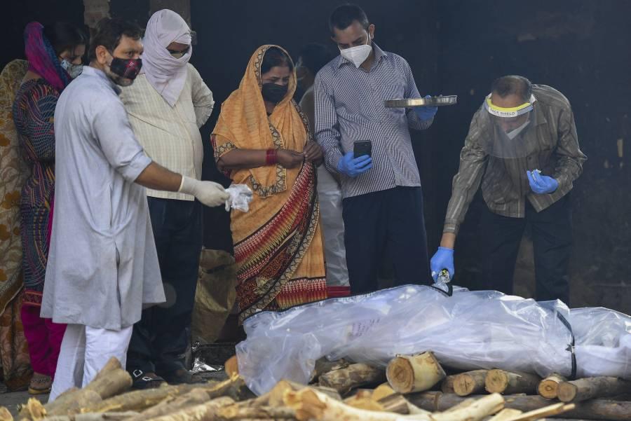 Otra vez, India reporta cifra récord de muertes por Covid-19