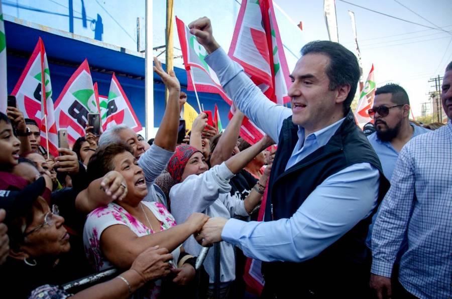Adrián de la Garza, asegura que Samuel García está apoyado por AMLO