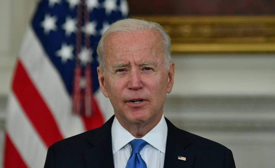 Biden ofrece ayuda a México tras siniestro en la Línea 12
