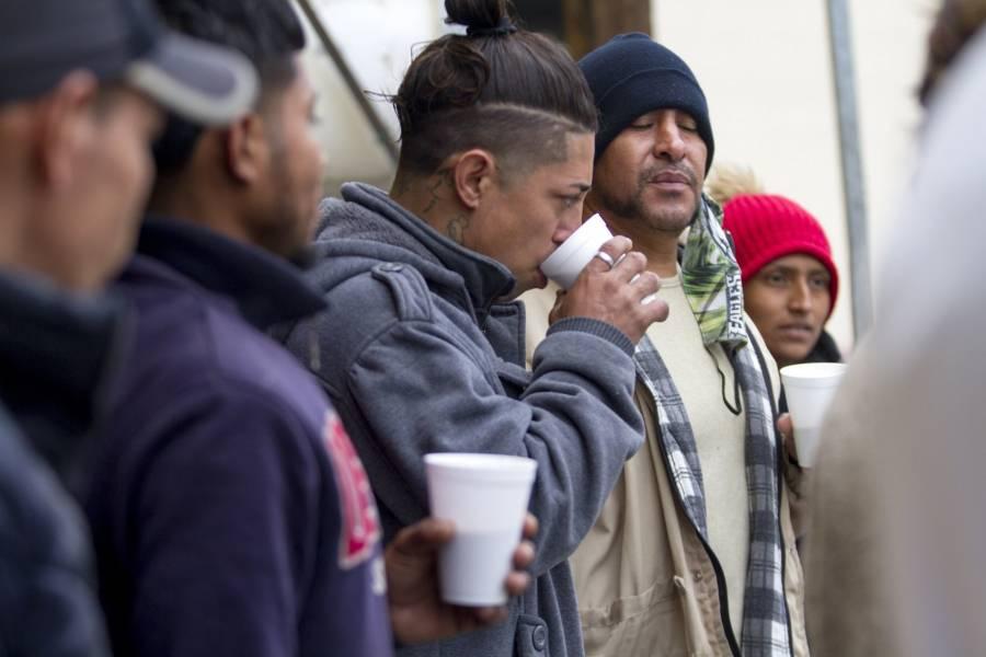 En Nuevo León, rescatan a migrantes centroamericanos que viajaban en transporte escolar