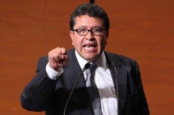 Ricardo Monreal prepara reforma para el INE y el TEPJF