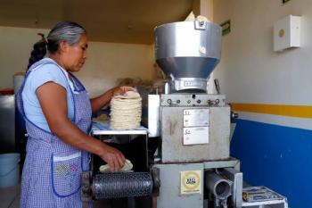 Piden atender aumento al precio de la tortilla