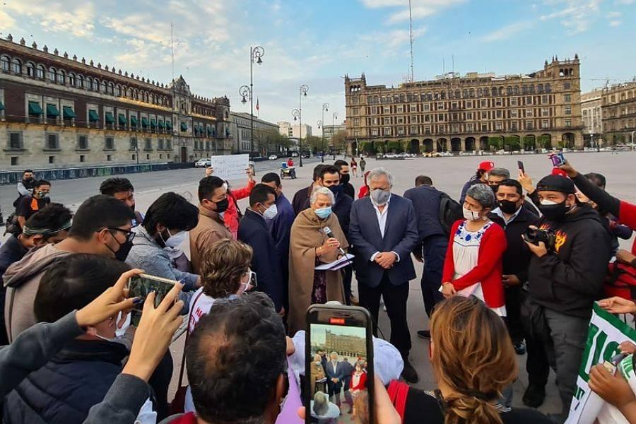 Promete Sánchez Cordero brindar localización de desaparecidos a madres protestantes