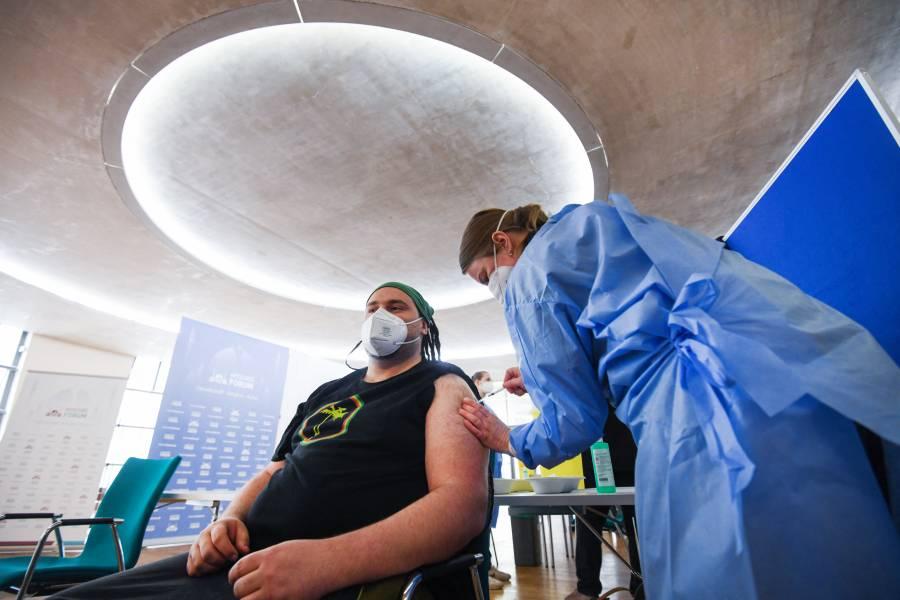 En Alemania autorizan vacuna antiCovid Jonhson & Johnson para todos los adultos