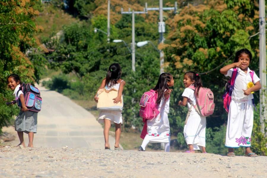 Urgen apoyos económicos para estudiantes que desertaron por pandemia