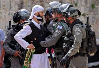 Nuevos choques en Jerusalén dejan casi 300 heridos