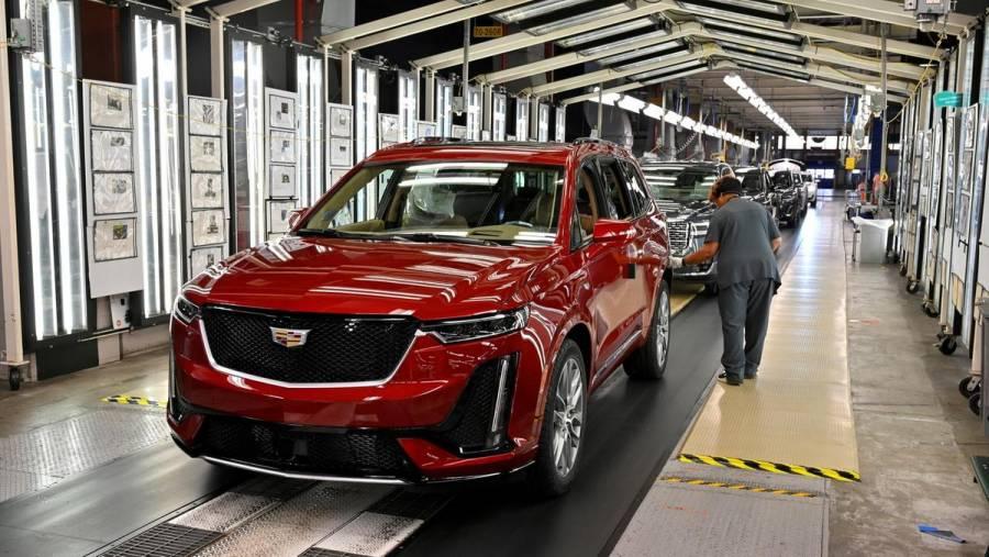 Escasez mundial de chips dispara precios de los automóviles