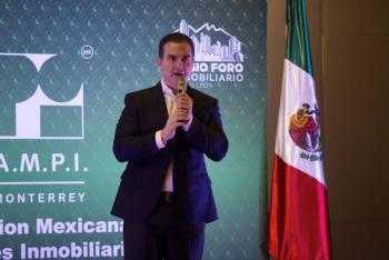 Entrega de tarjetas está permitida: PRI defiende a Adrián de la Garza