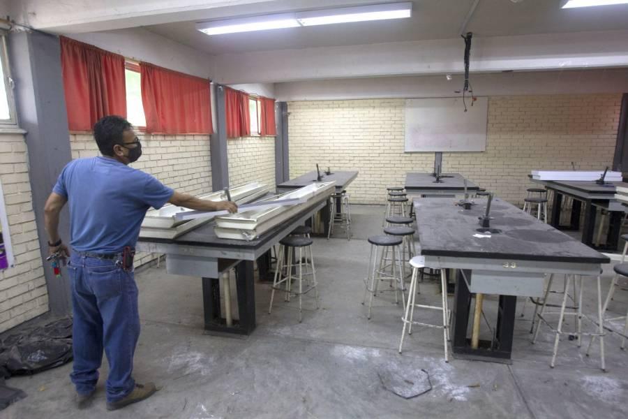 La Autoridad Educativa Federal y CDMX reparan los planteles educativos