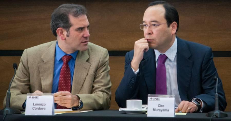 Criticó AMLO a Córdova y Murayama por utilizar criterios distintos ante la compra de votos por el uso de tarjetas