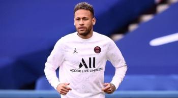 Acusan a Neymar de haber organizado un robo contra un activista LGBT