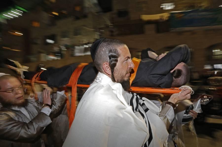 Se derrumba sinagoga; murieron 2 personas