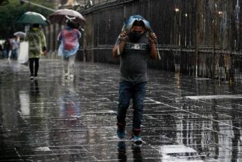 CDMX amanece bajo la lluvia; se esperan chubascos para el resto del día