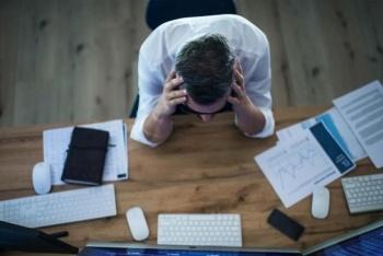 OMS: Trabajar más de 55 horas a la semana aumenta el riesgo de muerte
