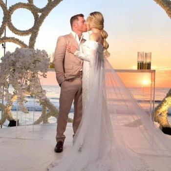 En Punta Mita, Canelo Álvarez se casó con la modelo Fernanda Gómez