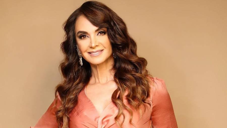 Lupita Jones comete error al felicitar a Andrea Meza, ganadora de Miss Universo 2021