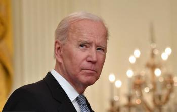 Biden anuncia incremento en el envío de vacunas contra COVID-19 a otros países