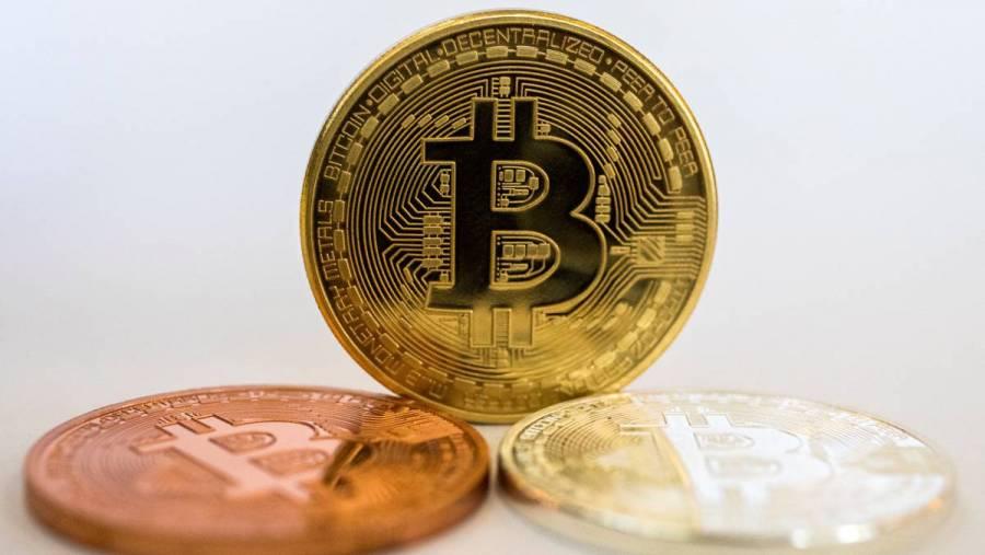 El bitcoin se hunde y arrastra a otras criptodivisas