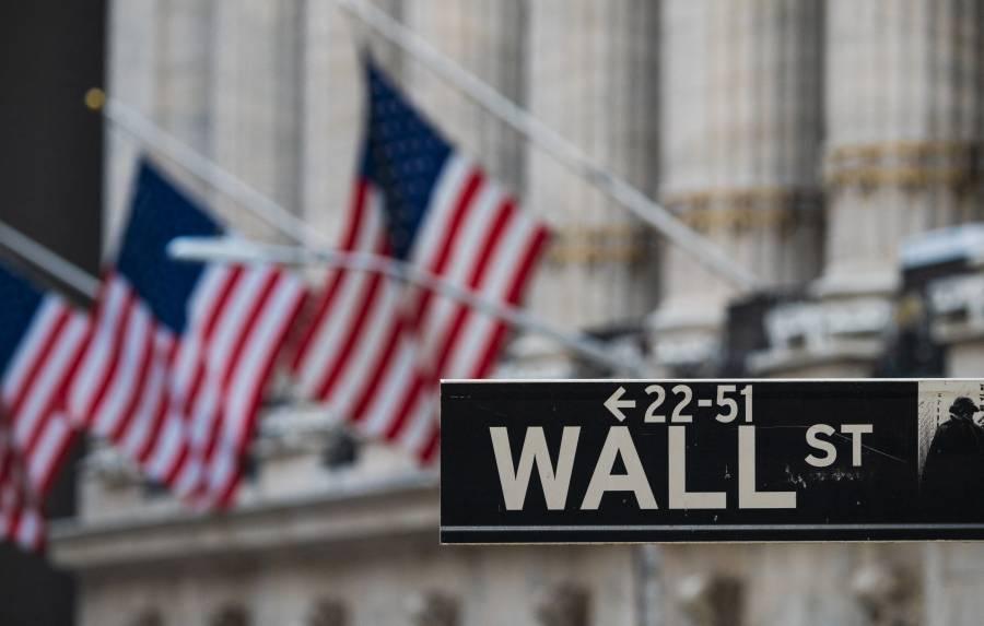 Tras jornada volátil, Wall Street termina en negativo