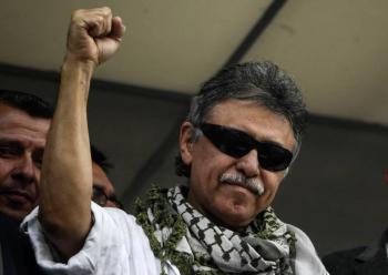 Investigan presunta muerte en Venezuela de Jesús Santrich, exnegociador rebelde de paz