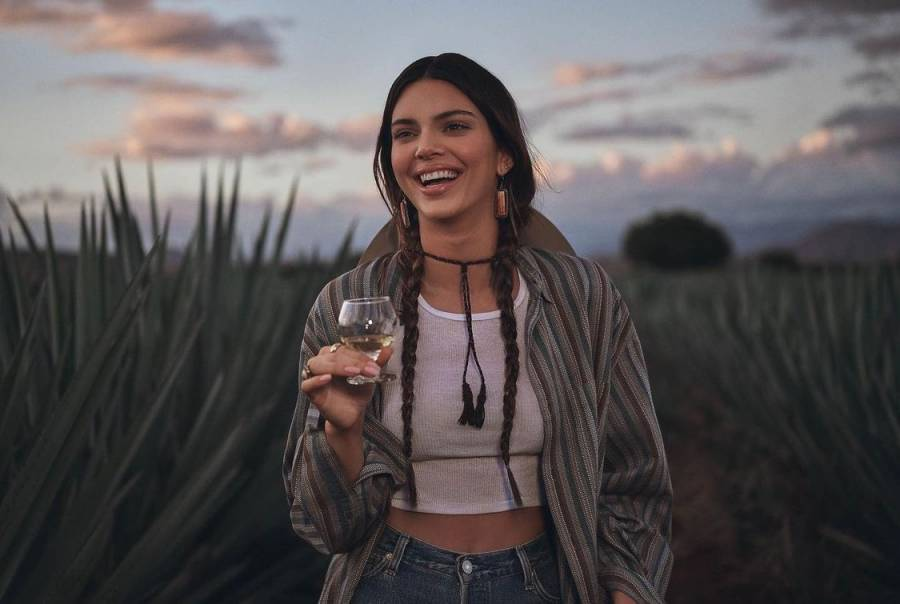 Critican a Kendall Jenner por el comercial de su tequila