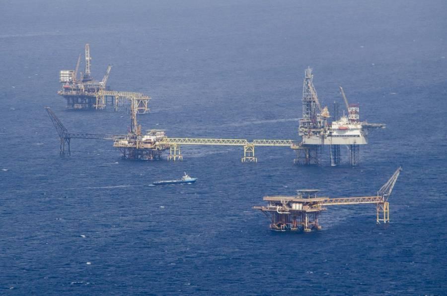 Bajo presión de oferta iraní, el Petróleo ve una demanda debilitada