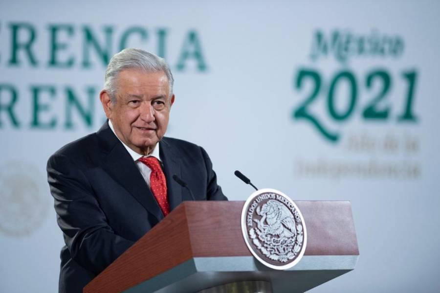 Para relevar a Díaz de León en Banxico, AMLO propondrá a economista 'con dimensión social'