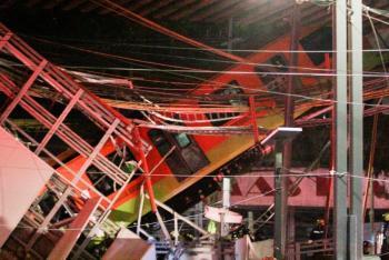 Autoridades capitalinas dan seguimiento a familiares de víctimas en accidente ocurrido en Línea 12 del Metro