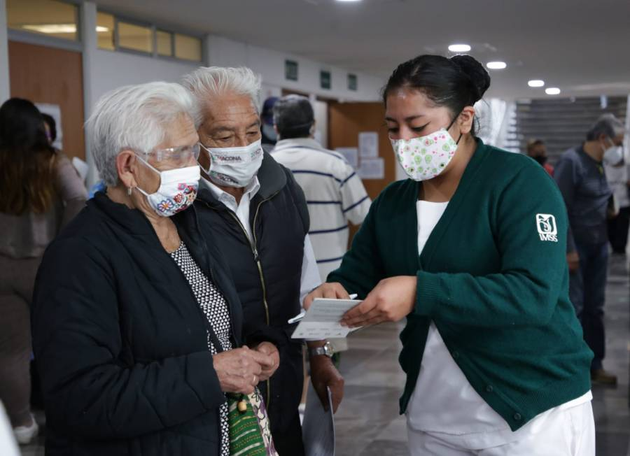 El IMSS llama a derechohabientes a que acudan a sus consultas y servicios médicos que se están recuperando