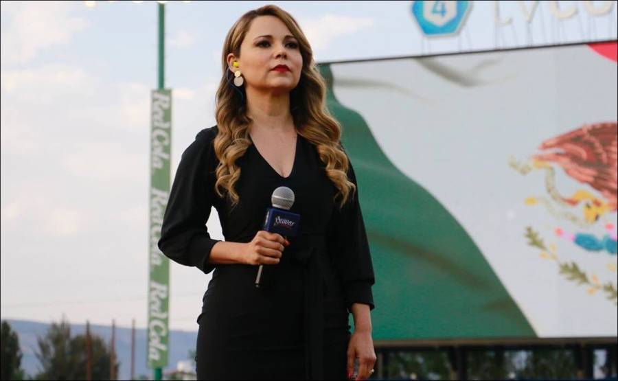 Otra vez olvidan letra del Himno Nacional; fue Marisol Castillo en la apertura de la LMB