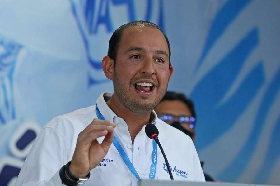 PAN amplía queja contra AMLO ante el INE por intromisión en proceso electoral