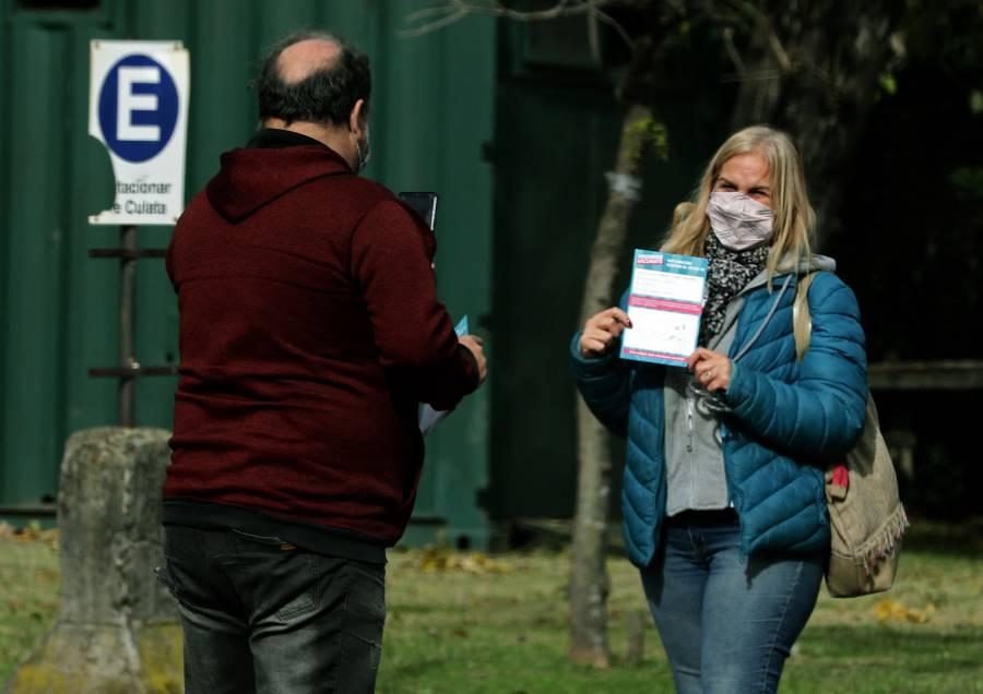 Regresa Argentina al confinamiento por nueva ola de contagios por Covid-19