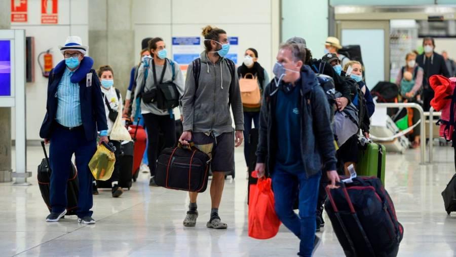 Francia impondrá una cuarentena a viajeros provenientes de Reino Unido