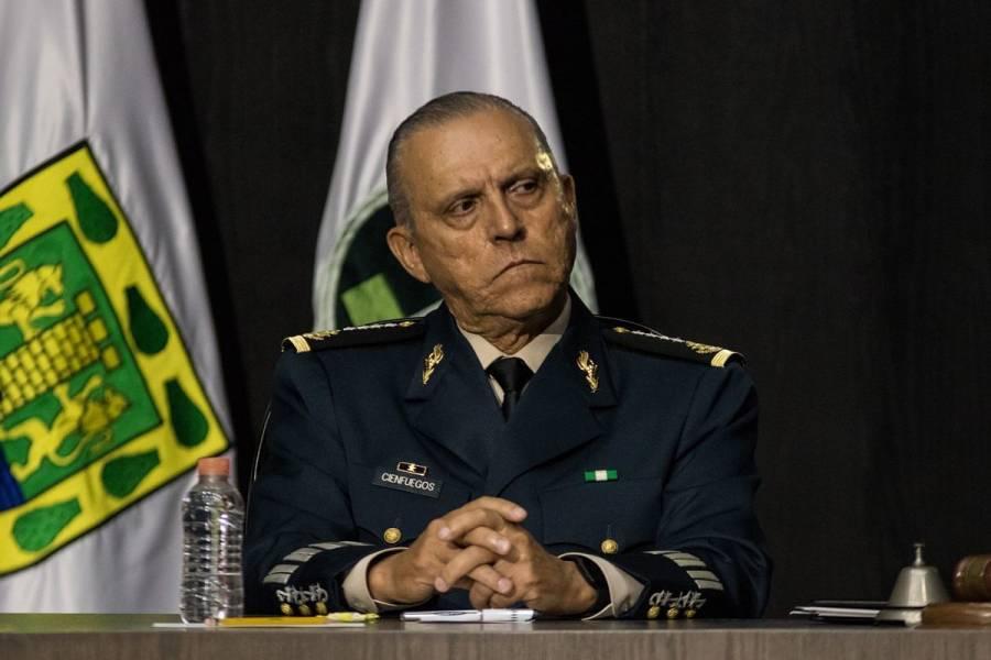 Juez ordena a la FGR reabrir caso de Salvador Cienfuegos