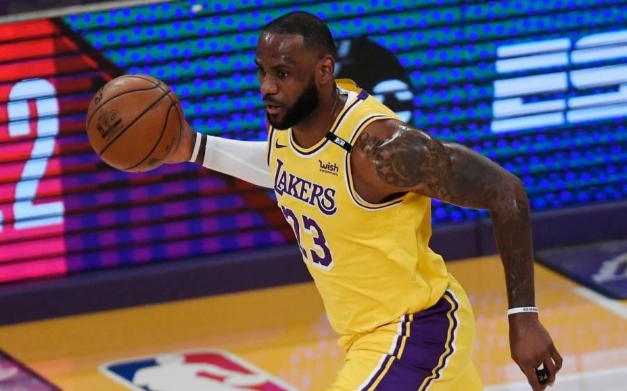 LeBron James y Anthony Davis rescatan a los Lakers y emparejan la serie ante Suns