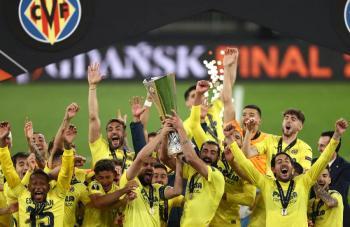 Villarreal no falla en los penales y gana su primera Europa League