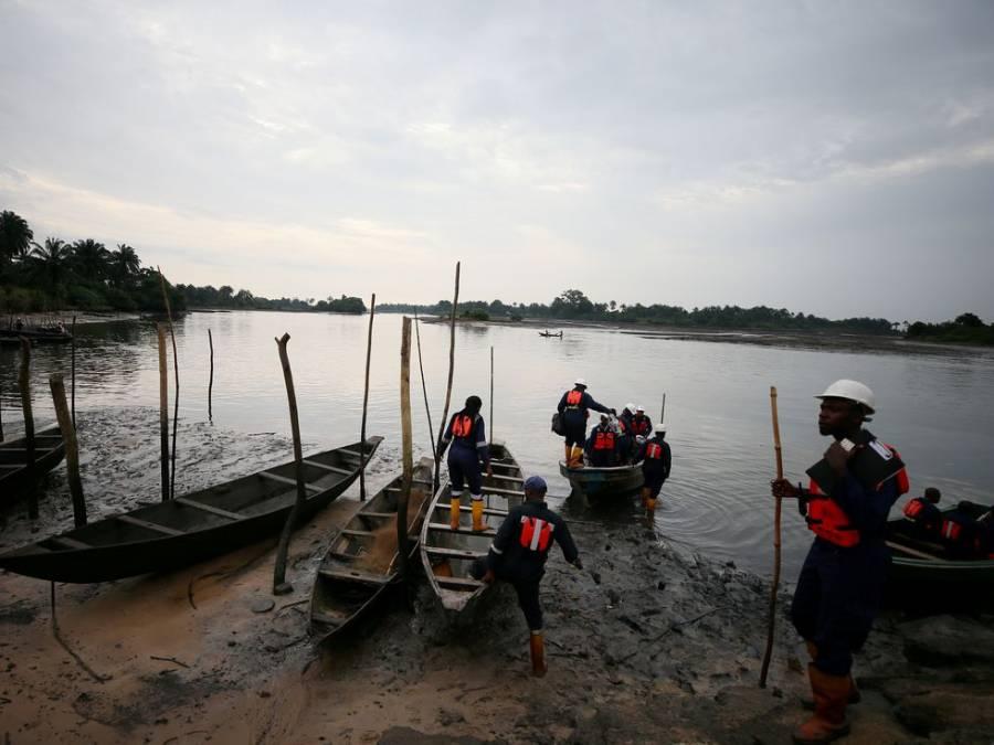 Tras el hundimiento de un barco en Nigeria, hay más de 150 desaparecidos