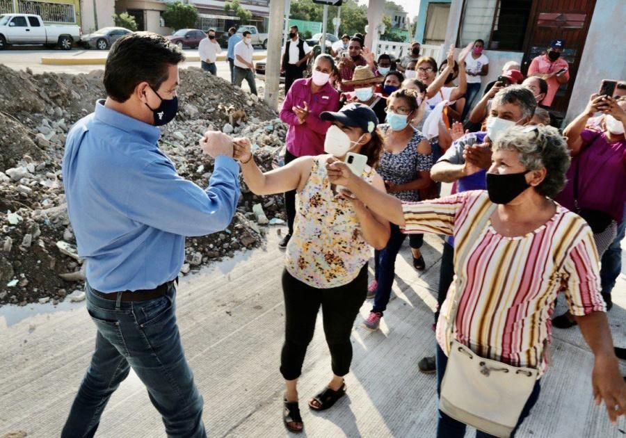 Participa gobernador de Tamaulipas en reunión de la Conago y supervisa obras por calles de Ciudad Victoria