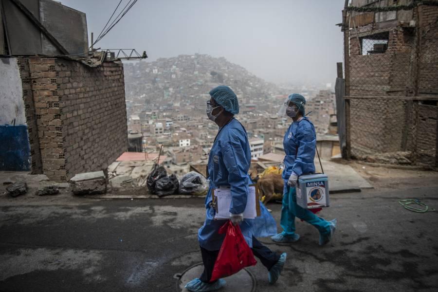 Perú extiende un mes el estado de emergencia por Covid-19