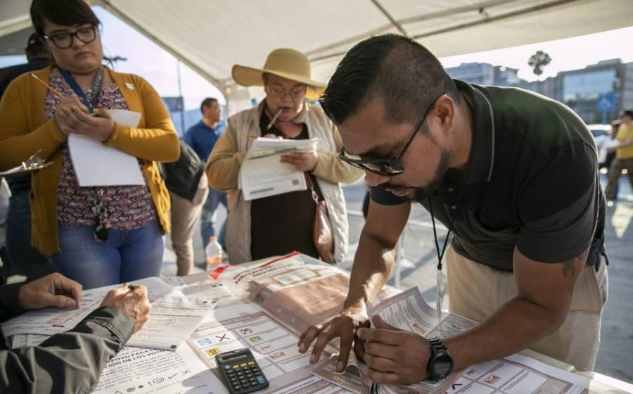 Hoy vence el plazo para que capitalinos que viven en el extranjero manden su voto postal