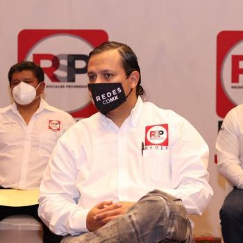 """En debate, Pedro Pablo de Antuñano presenta propuestas para """"sanar"""" a la CDMX"""