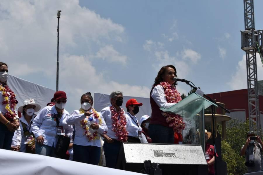 Realiza Dolores Padierna cierre masivo de campaña en el Monumento a la Revolución
