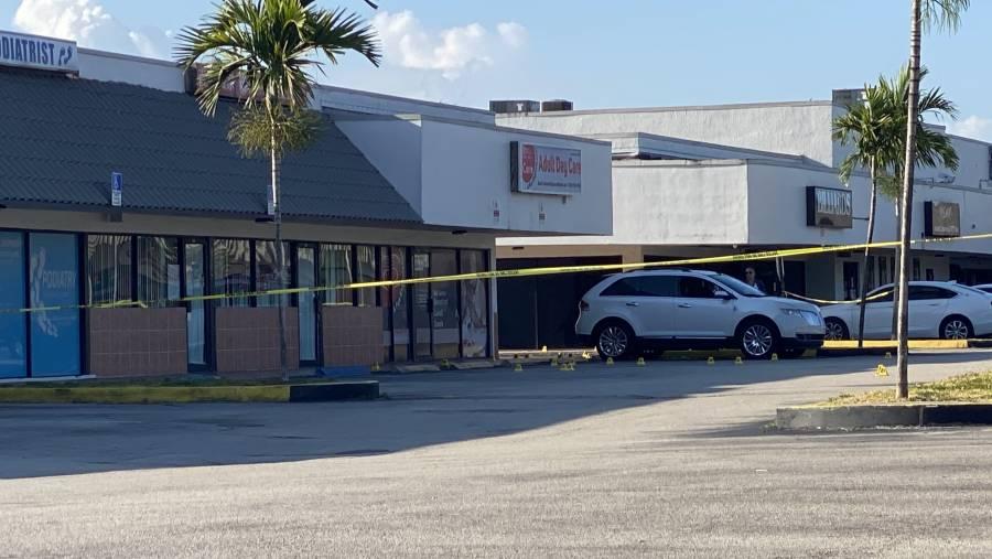 Tiroteo en Miami deja dos muertos y 20 heridos