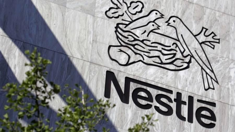 Nestlé reconoce que parte de sus productos no son saludables