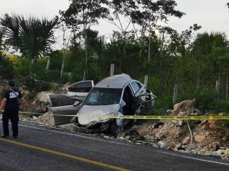 Candidato a edil de Bacalar sufre accidente carretero; muere su esposa