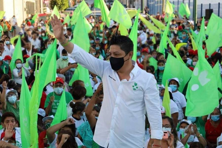 Ricardo Gallardo anuncia reconstrucción de Huasteca Potosina para dignificar a las familias