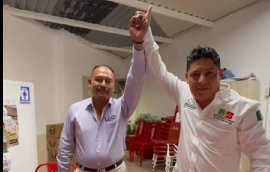 Leo Tinaja, candidato independiente a la alcaldía de Mexquitic, se suma a proyecto de Ricardo El Pollo Gallardo
