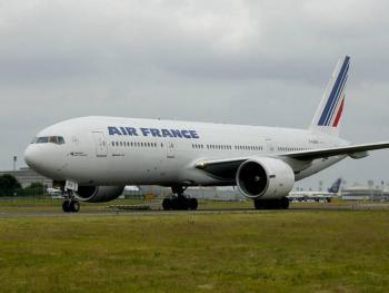 Avión de Air France es aislado en aeropuerto de París, debido a sospecha de bomba