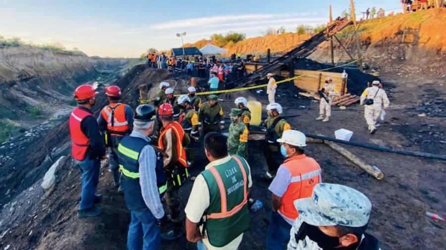 Rescatan cuerpo de minero atrapado en derrumbe de Múzquiz, Coahuila